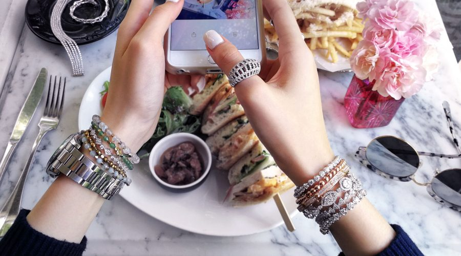 STACK YOUR JEWELLERY LIKE AN INSTAGRAM STAR